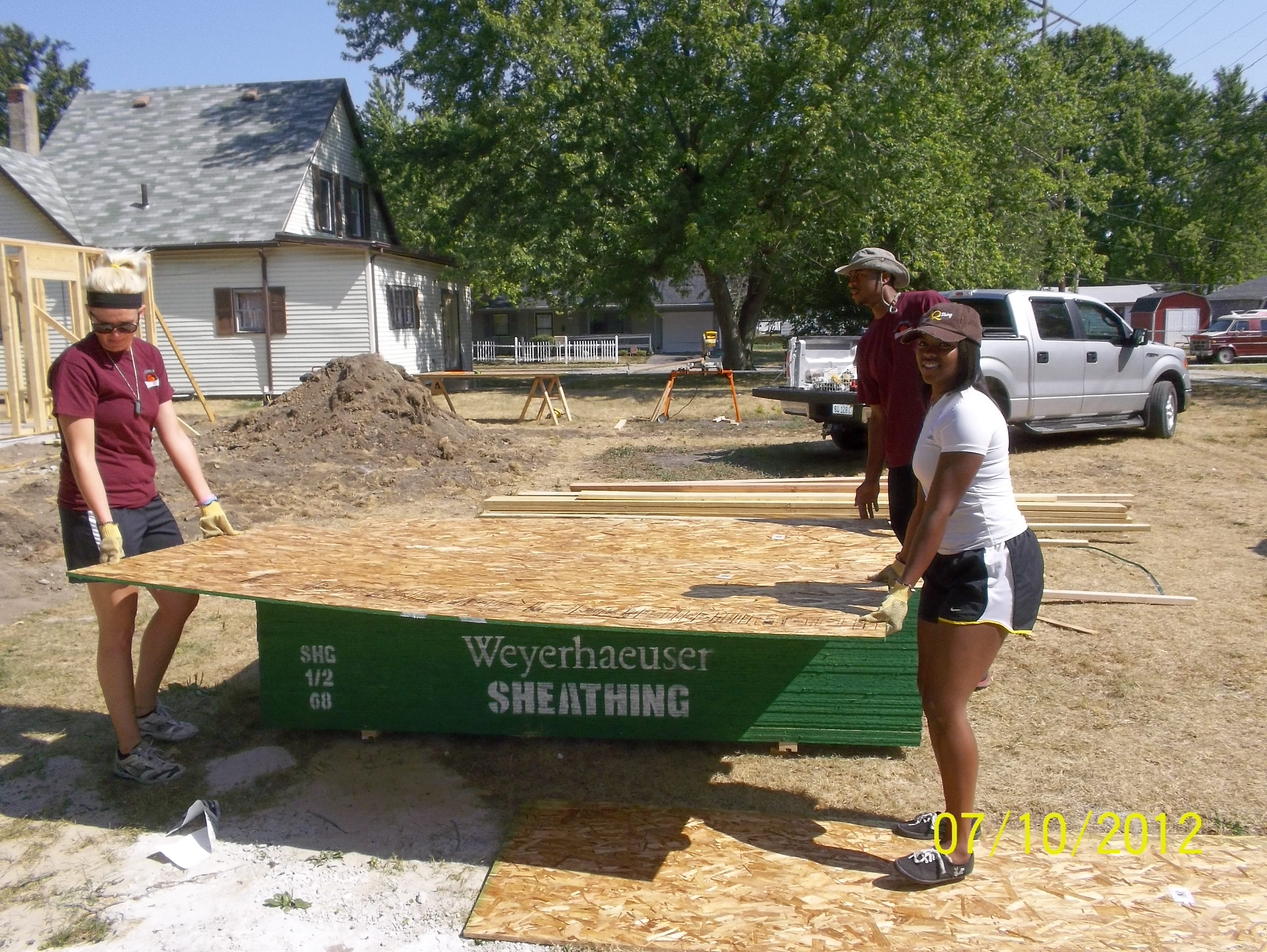 Community Action crew about to install sheathing